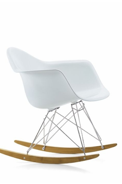 https://www.thedreamfactory.es/wp-content/uploads/2019/03/silla-eames-blanca.jpg